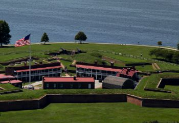 Tour Fort McHenry