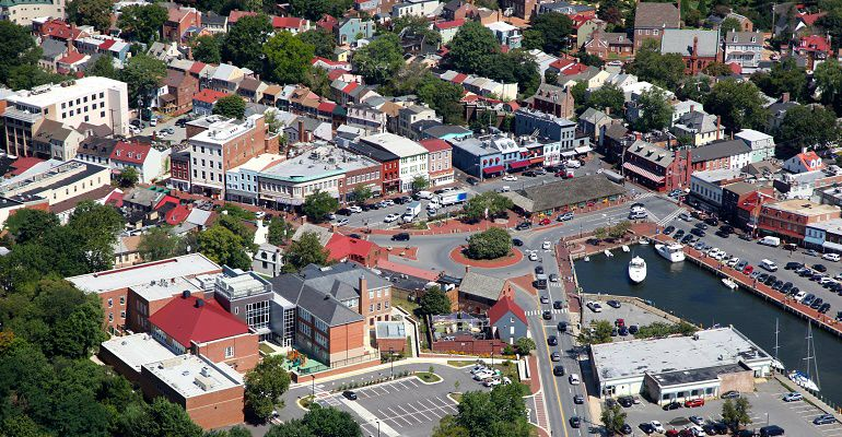 Tour Baltimore and Annapolis with Monumental Helicopters.